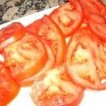 tortilla de verduras tomates